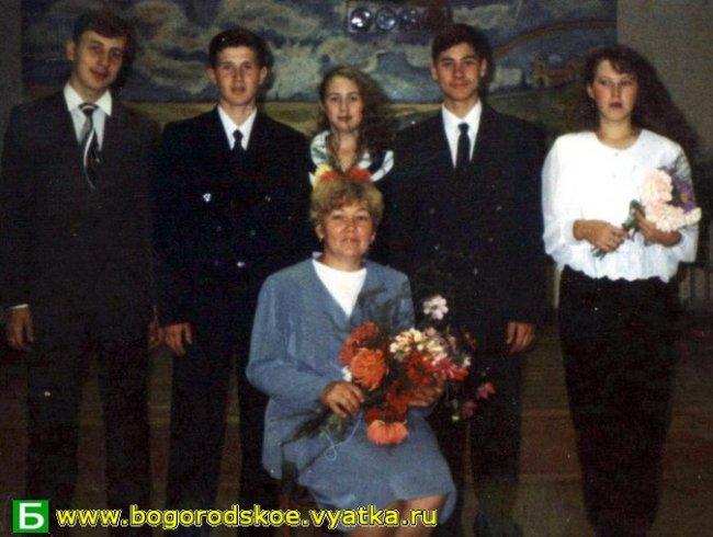 Выпускники Таранковской средней школы 2000 года.