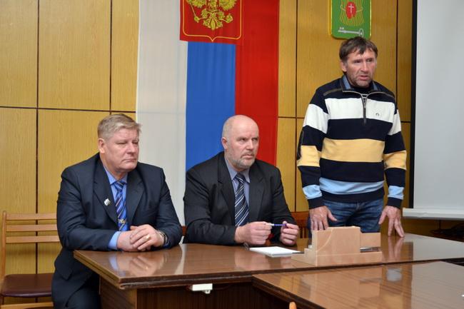слева на право: Якимов, Ситников, Шулаев.