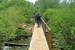 В селе Караул построили 100 метровый мостик.