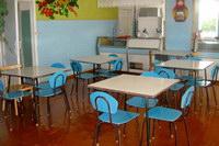 На средства родителей сделан декоративный ремонт Ухтымской школы