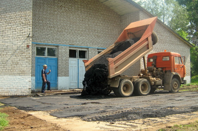 """Ухтымчане """"Ивановскую"""" будут отплясывать на новом асфальте"""