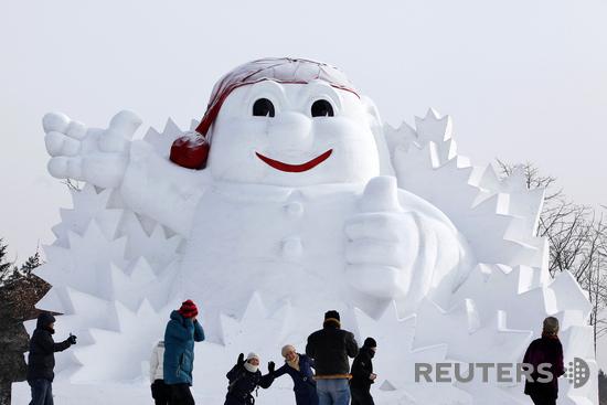 Приходите в субботу на строительство ледяных и снежных фигур