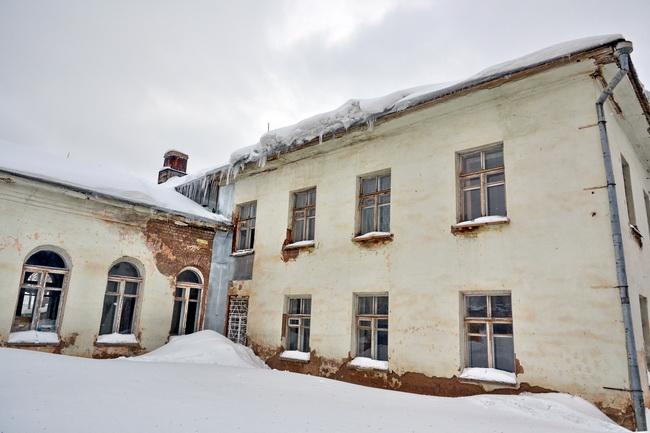 Пока гром не грянул - убери снег с крыши!