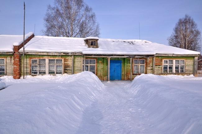 Ещё одна грустная история нашего времени. Закроется Караульская сельская школа.