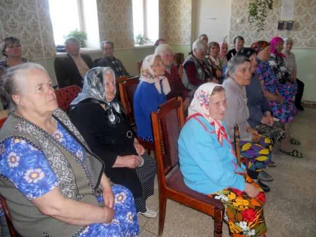 В центре социальной помощи семье и детям состоялось праздничное мероприятие, посвященное празднику 9 мая - Дню Победы.