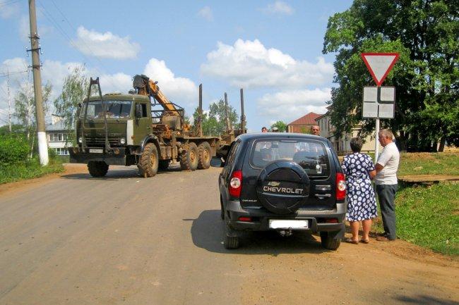 В посёлке Богородское автомобили приземлялись на дрова